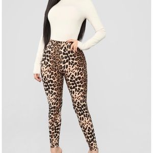 Xhilaration Cheetah Leggings